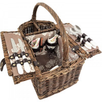 Picnic Blankets and Baskets